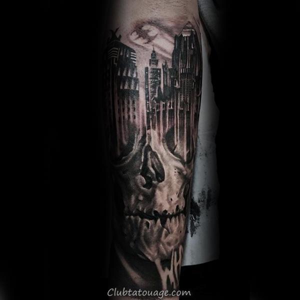 Tall Building Avec la conception architecturale des hommes Forearm Tattoo