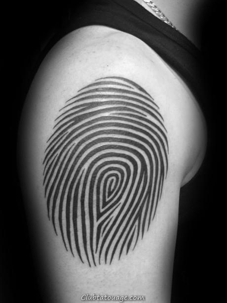 Aquarelle encre bleue d'empreintes digitales Homme Arm Tattoos