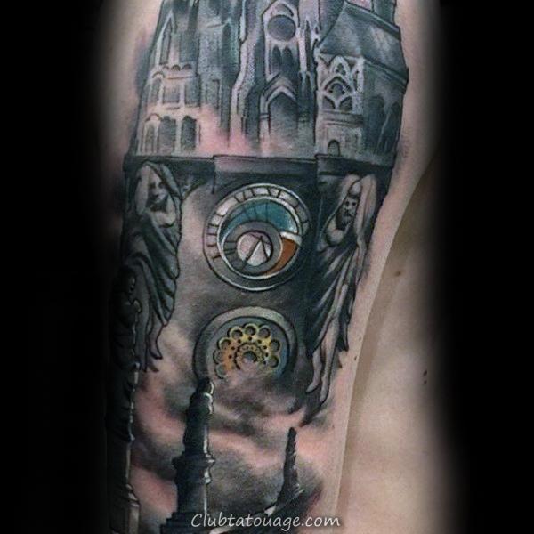 Les travailleurs sur l'acier faisceau sur les bâtiments Mens Chest Tattoo Avec Realsitic Design