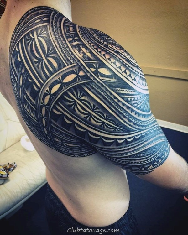 Tatouage traditionnel de samoan Conception tribale Sur Guys Lower Legs