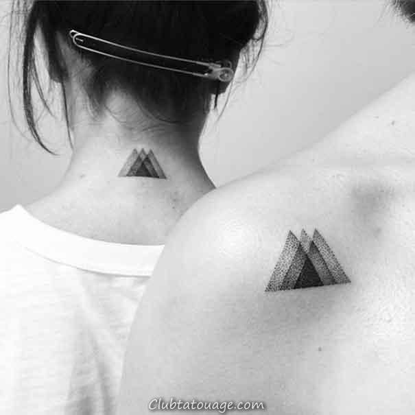 triangle de tatouage pour les femmes