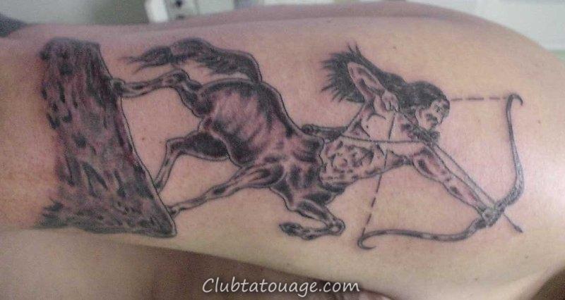 Centaure-Hotes-Tatouage-à-Bras