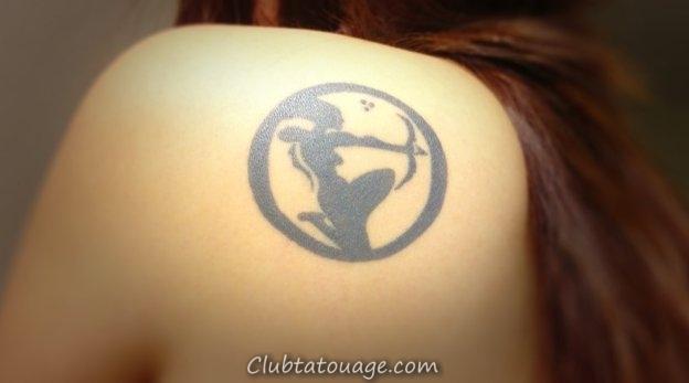 Capricorne-signe du Zodiaque-Tatouage-le-Scapulo-Femme