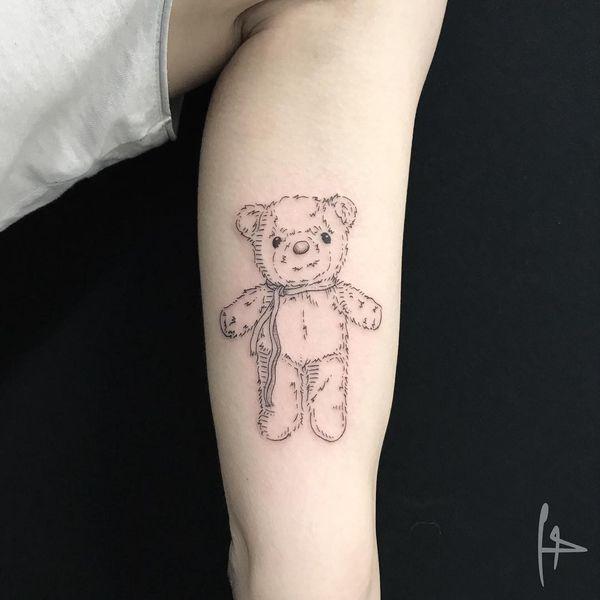 Tatouage d'ours en peluche