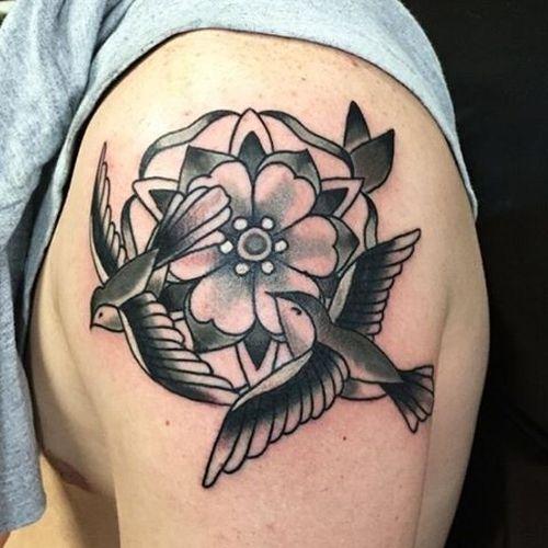 Sparrow Tattoo Design Idées et sens
