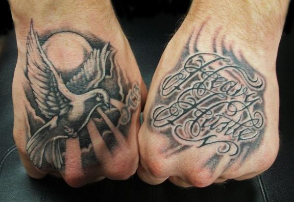 50 conceptions de tatouage de script incroyable