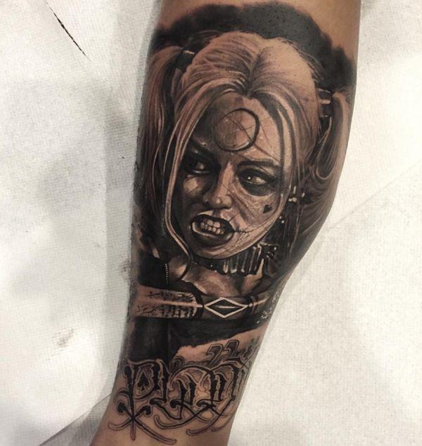 Great Harley Quinn tatouage pour les vrais fans » Club Tatouage