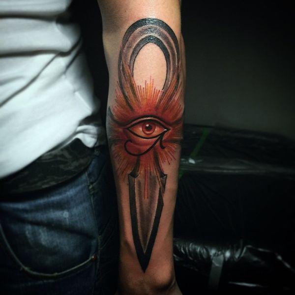 Ankh Tattoo Designs - Signification du symbole de la croix égyptienne