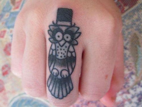 39 tatouages fantastiques de petits hiboux