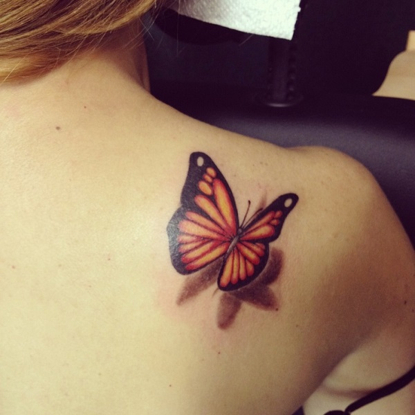 Tatouage papillon 3D 10