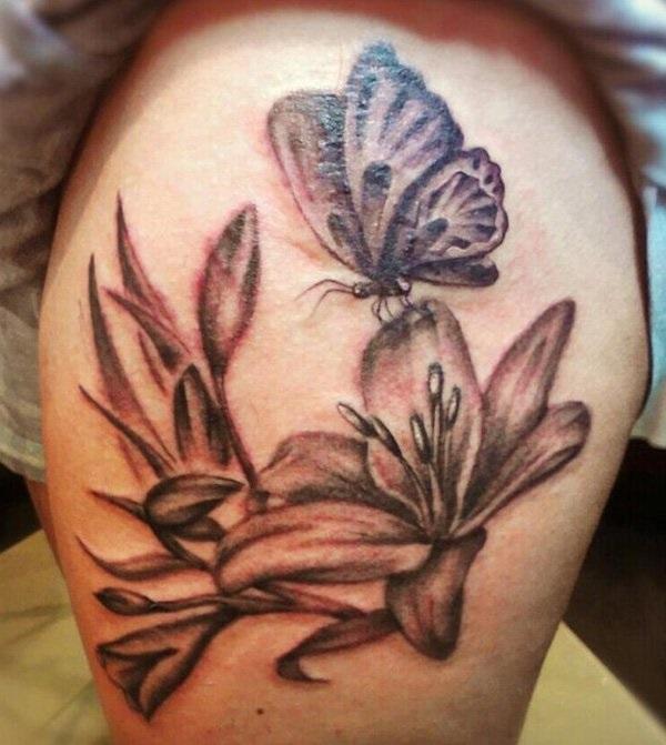 Top 50 tatouages de papillons avec des fleurs pour les femmes