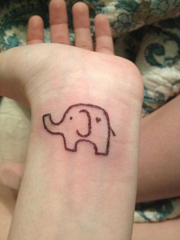 85 conceptions de tatouage mignon et petit éléphant