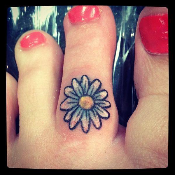 Tatouages fleur Daisy - Les plus belles idées de design
