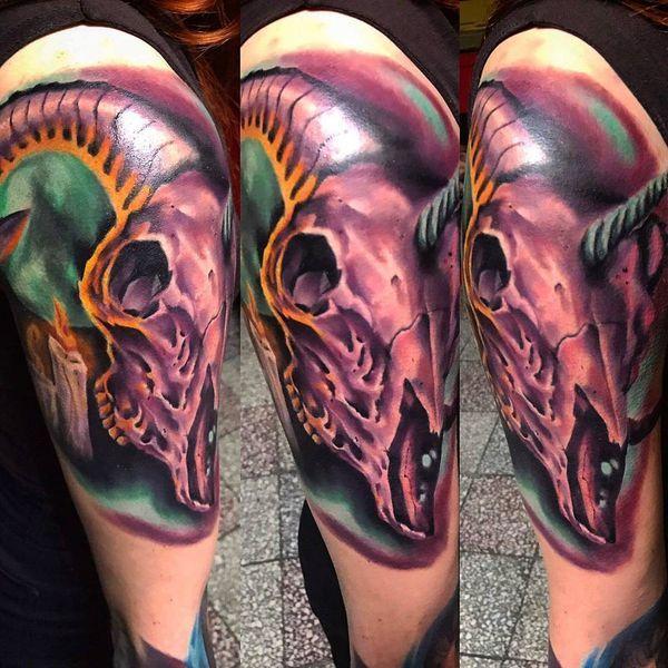 38 conceptions de tatouage licorne