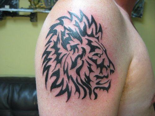 30 meilleurs tatouages de lions en style tribal