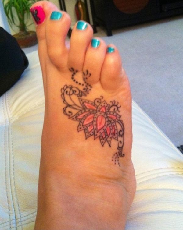 40 conceptions de tatouage de lotus fantastiques pour les filles