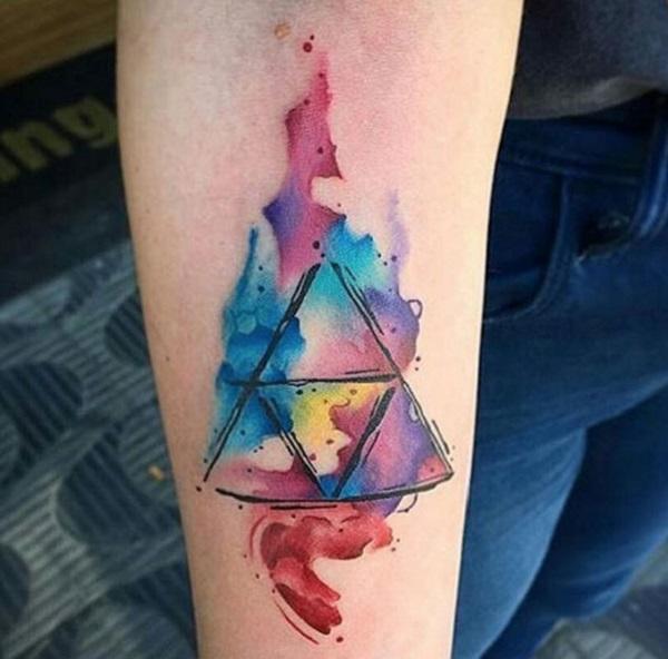 Tatouages triangulaires de glyphe 3