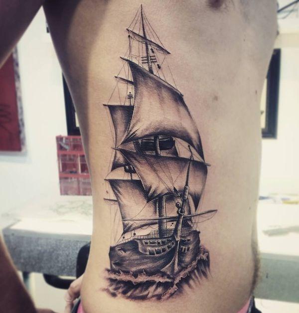 Conceptions de tatouage de nervure pour des hommes et des femmes