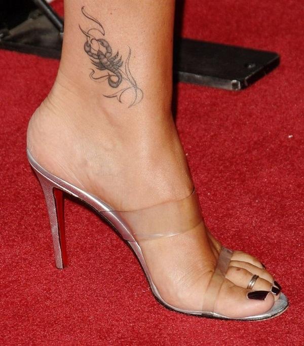 35 tatouages Scorpion Sizzling et ses significations