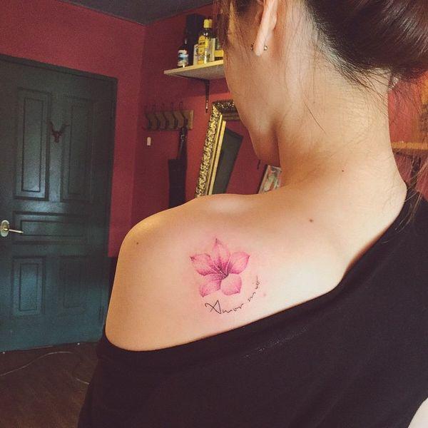 Tatouage de fleur de cerisier japonais » Club Tatouage