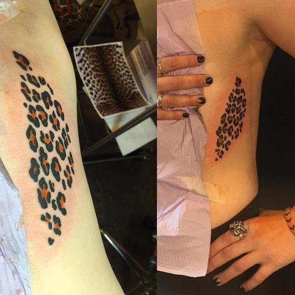 Tatouages léopard sur différentes parties du corps