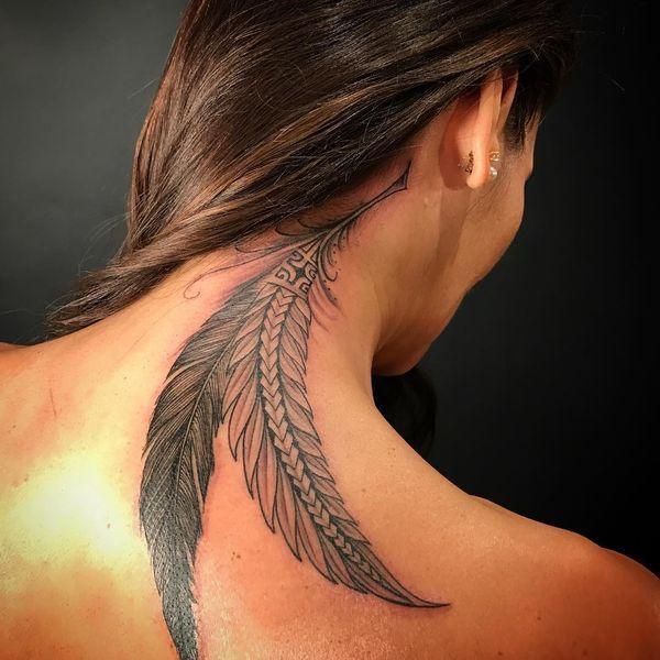 Tatouages de plumes Designs significatifs