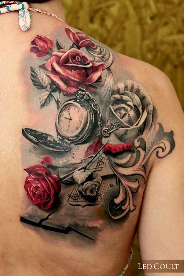 rose avec un tatouage de montre pour les femmes