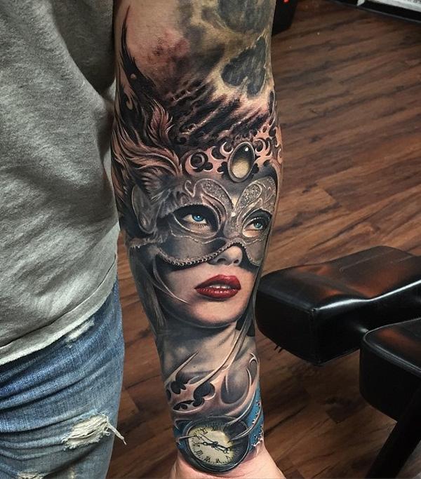 portrait avec masque de tatouage manchon- 8